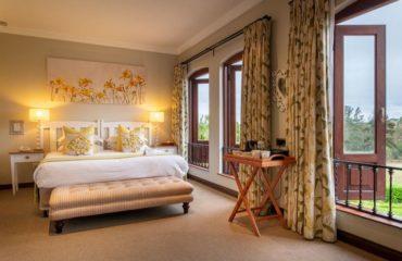 Olivers Restaurant Lodge - Room