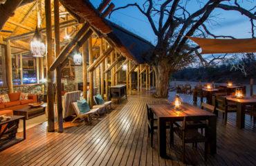 Rhino Post Safari Lodge - Main deck