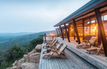 Rhino Ridge Safari Lodge - Safari deck